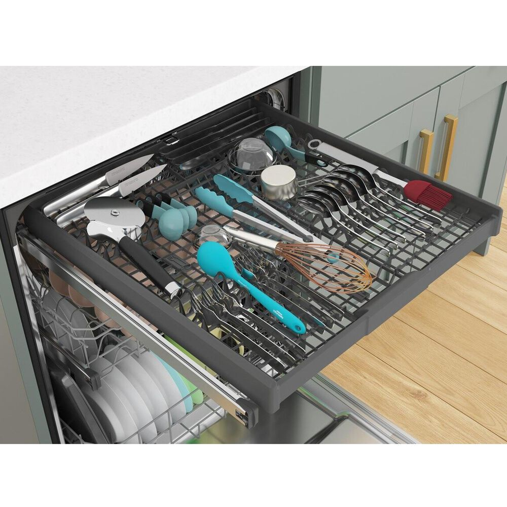 """Whirlpool 24"""" Built-In Bar Handle Dishwasher with 47 Decibel in Black Stainless Steel, , large"""