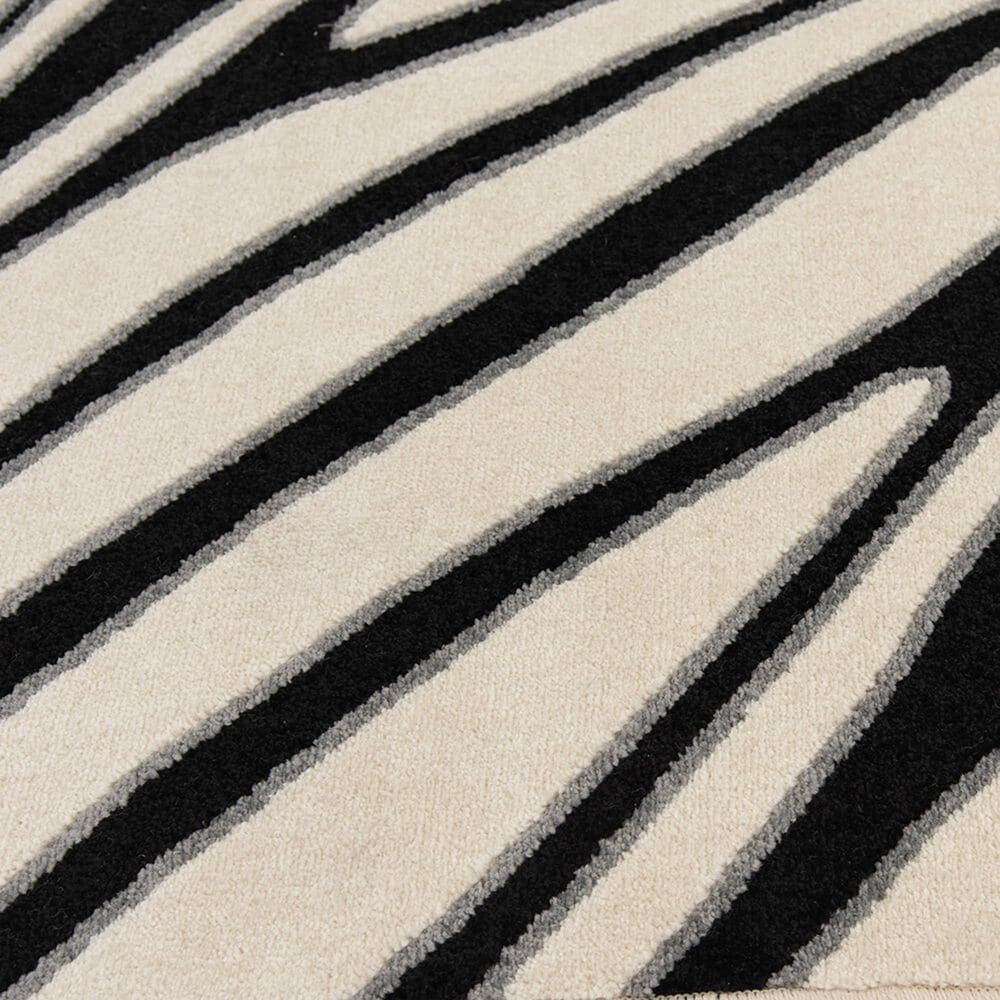 """Central Oriental Terrace Tropic Jayla 2350NE.085 7'10"""" x 9'10"""" White and Black Area Rug, , large"""