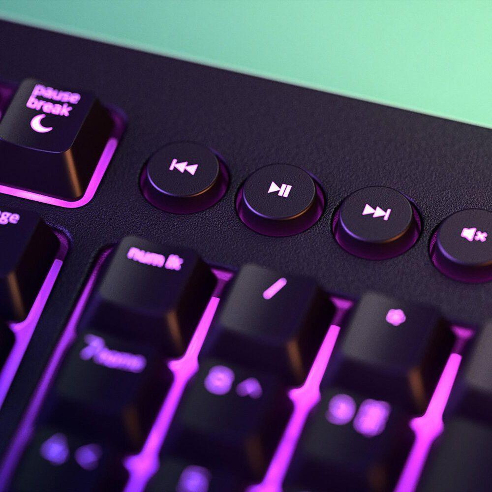 Razer Cynosa V2 Gaming Keyboard in Black, , large