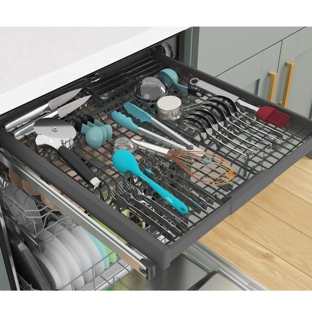 """Whirlpool 24"""" Built-In Bar Handle Dishwasher with 47 Decibel in Stainless Steel, , large"""