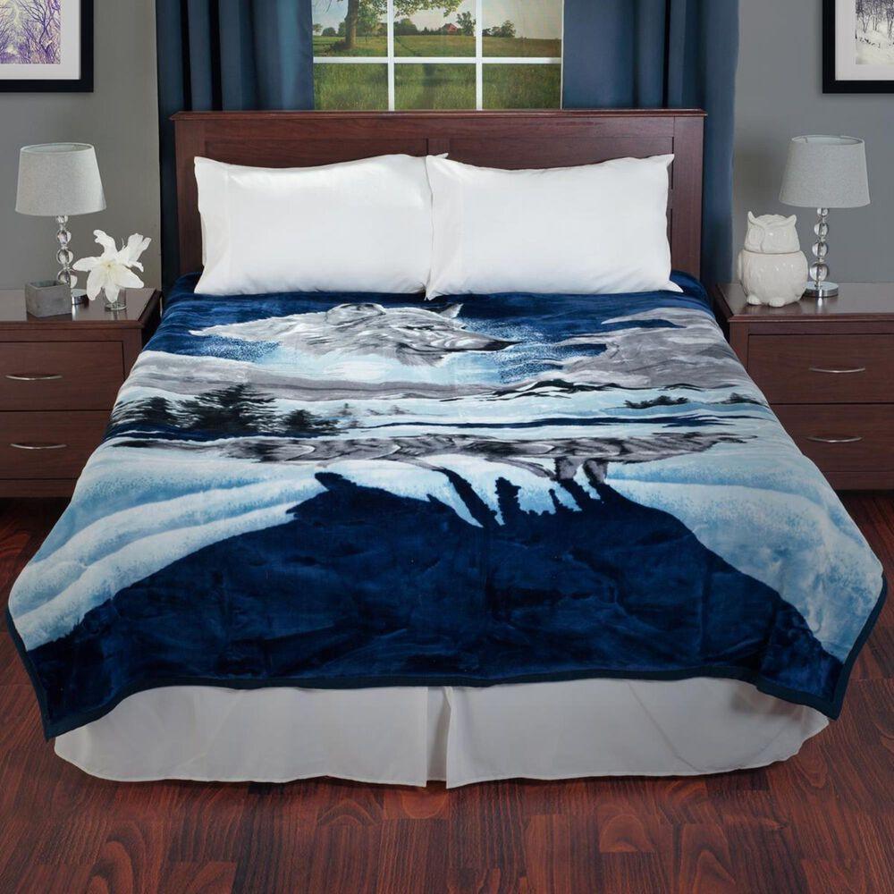 Timberlake Lavish Home Wolf Heavy Plush Mink Blanket, , large