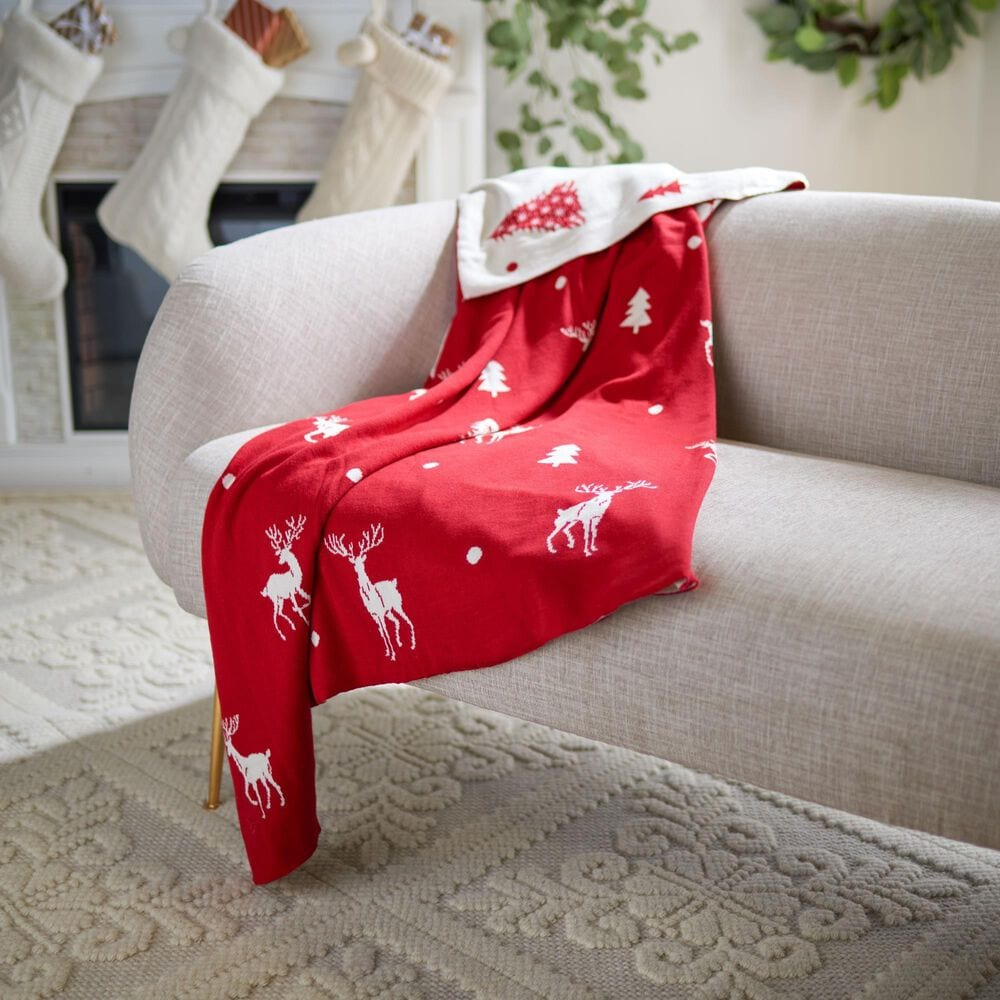 """Safavieh Holiday Miracle 50"""" x 60"""" Throw in Red, , large"""
