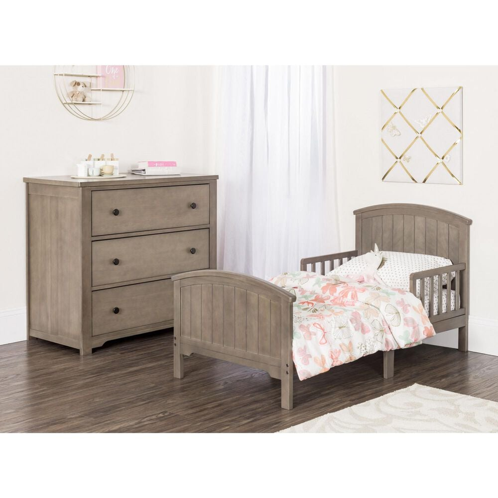 Foundations Worldwide Hampton Toddler Bed with Rails in Dusty Heather, , large