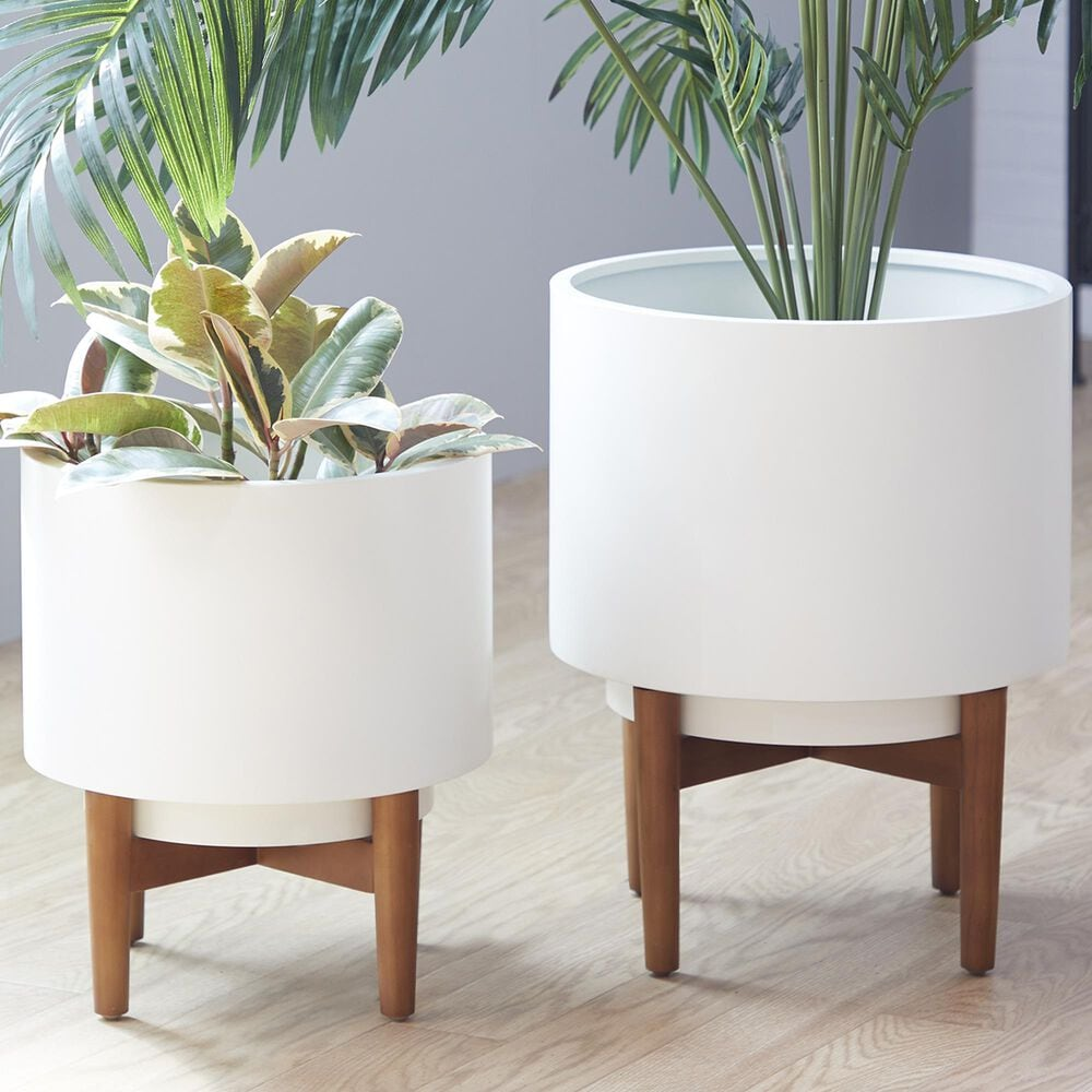 Maple and Jade CosmoLiving by Cosmopolitan Contemporary Short Metal Planter in White Set of 2, , large