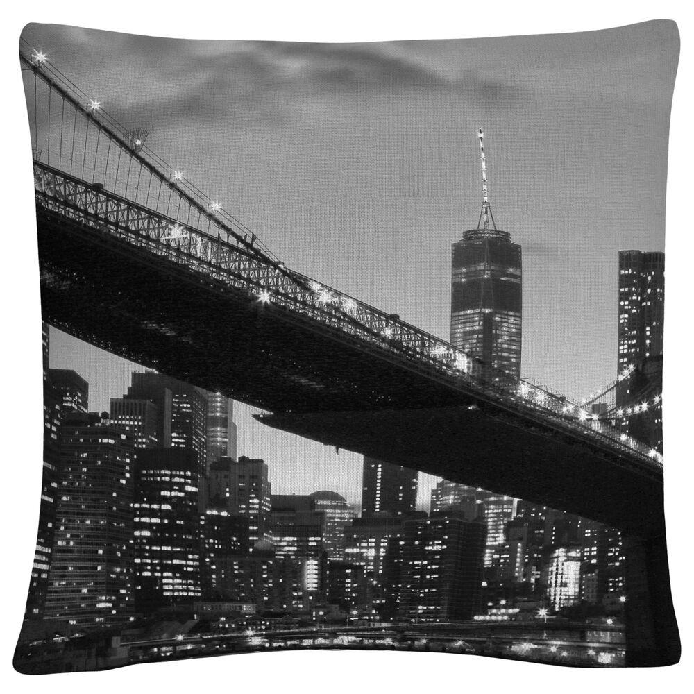Timberlake CATeyes 'Brooklyn Bridge 5' 16 x 16 Decorative Throw Pillow, , large