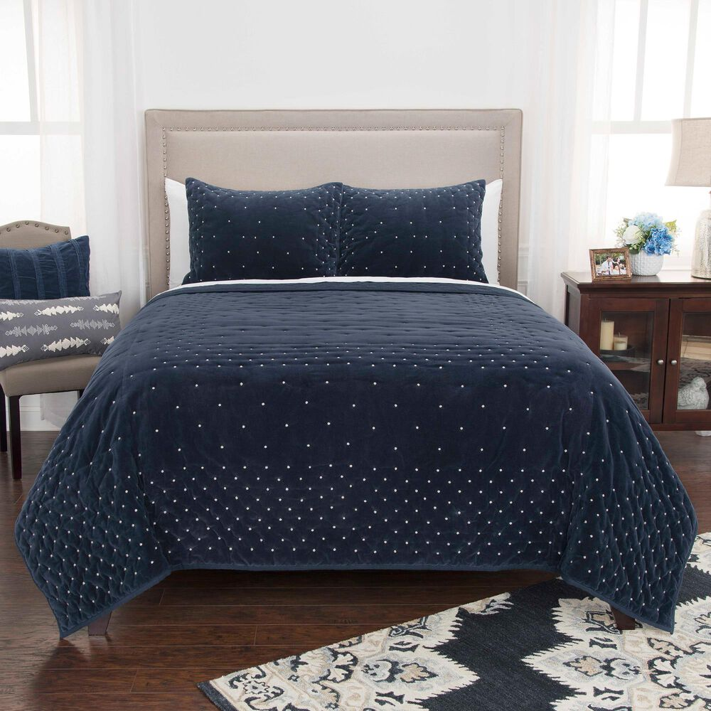 """Rizzy Home Geometric 90"""" x 92"""" Quilt in Indigo, , large"""