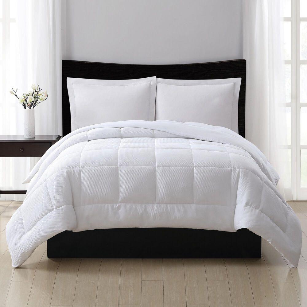 Pem America London Fog Full/Queen Down Alternative Comforter in White, , large