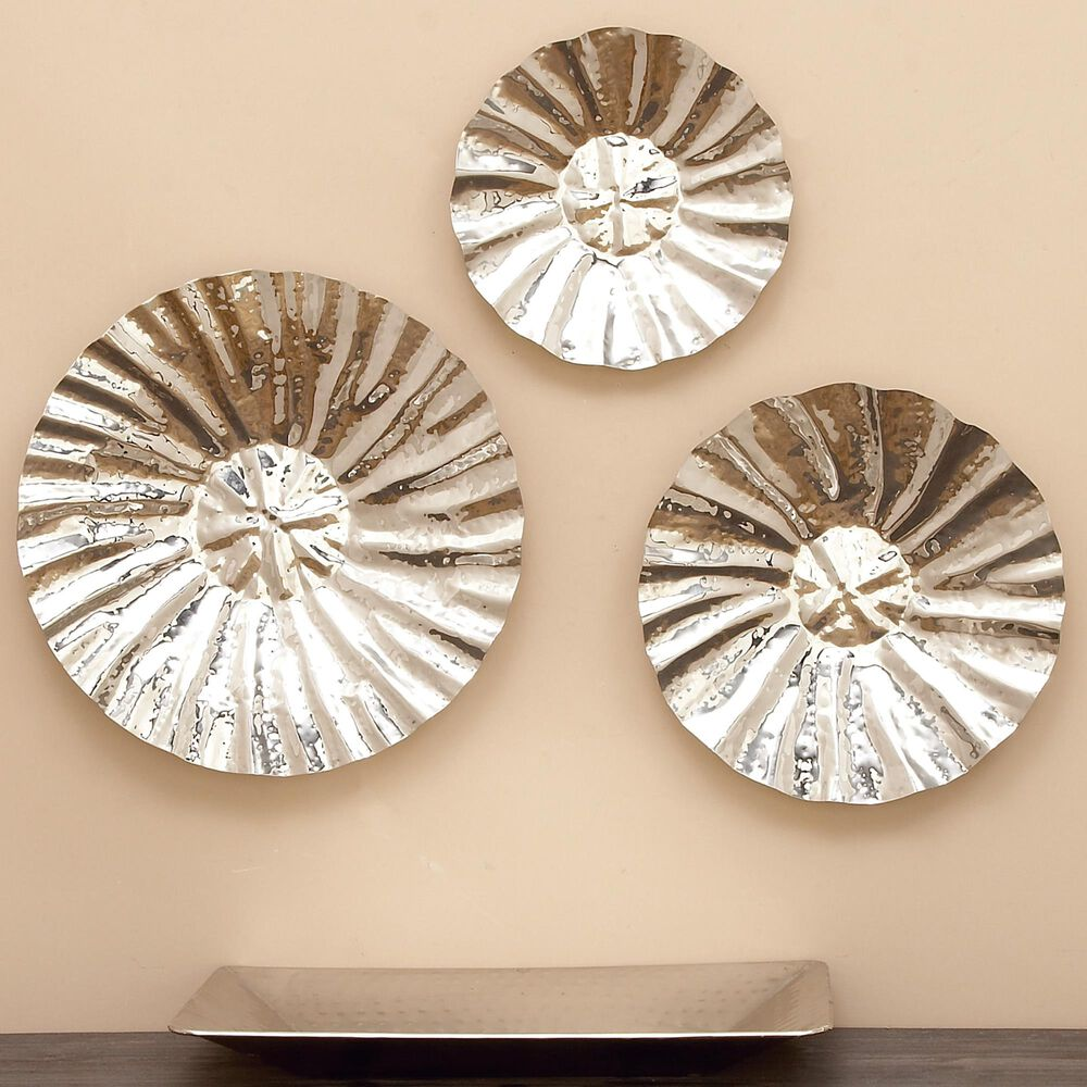 Maple and Jade Assorted Wall Platters in Silver (Set of 3), , large